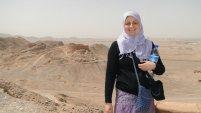 V Íránu - šátek nemusí být zas tolik upnutý - byla to moje první cesta, a moc jsem toho o oblékání se v Íránu nevěděla.